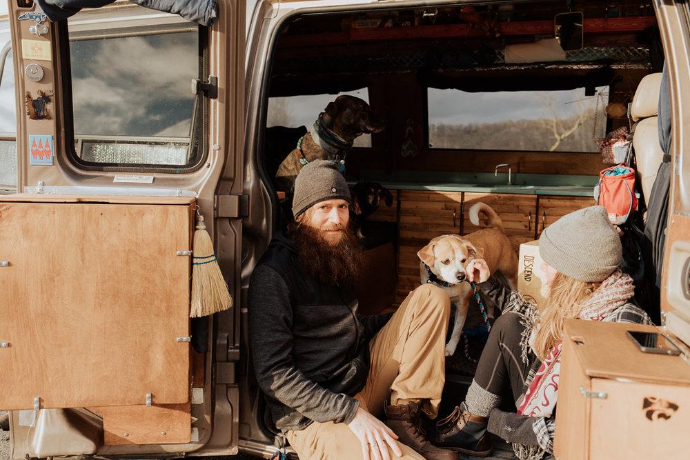 Stephenie-Masat-Photographer-Gnomad-Home-Couples-Session-26.jpg