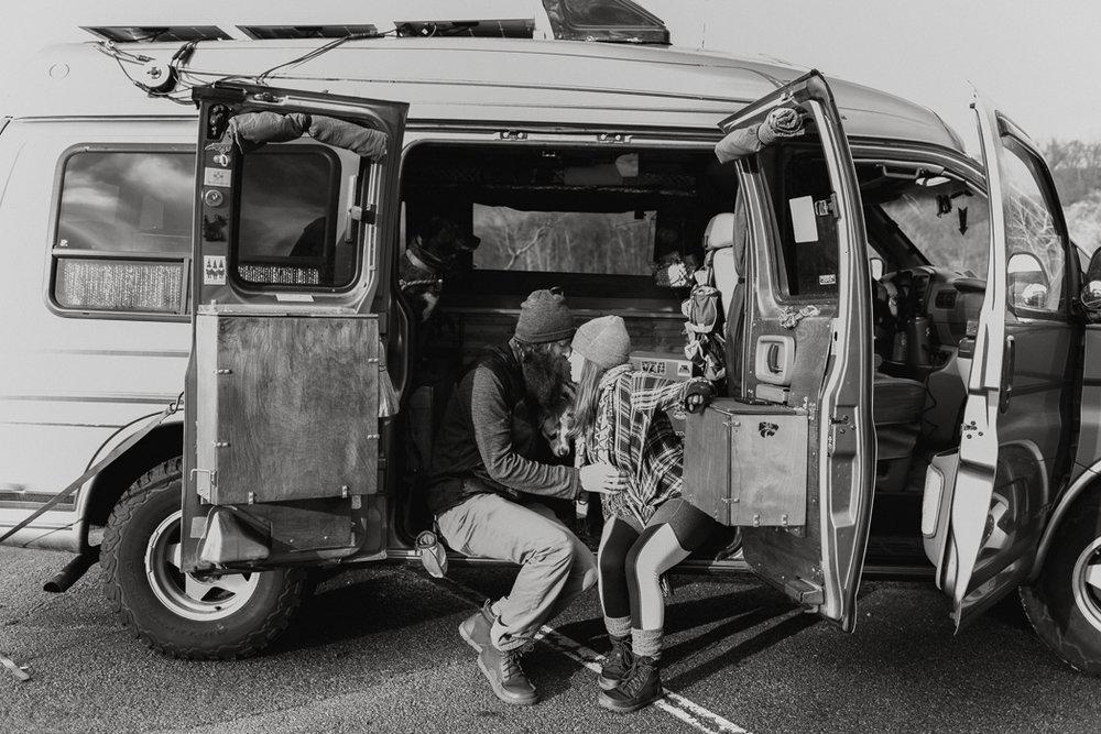 Stephenie-Masat-Photographer-Gnomad-Home-Couples-Session-28.jpg