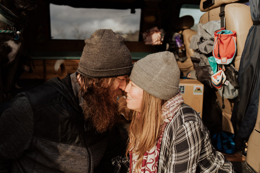 Stephenie-Masat-Photographer-Gnomad-Home-Couples-Session-29.jpg
