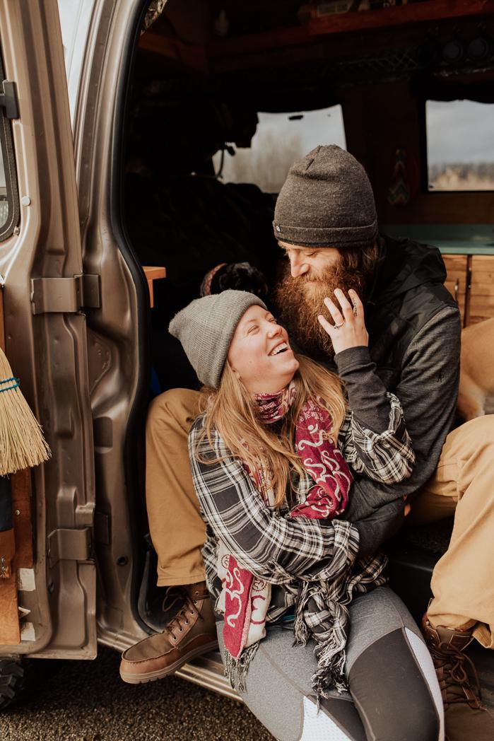 Stephenie-Masat-Photographer-Gnomad-Home-Couples-Session-40.jpg