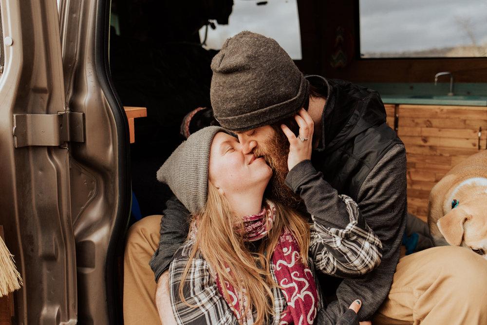 Stephenie-Masat-Photographer-Gnomad-Home-Couples-Session-41.jpg