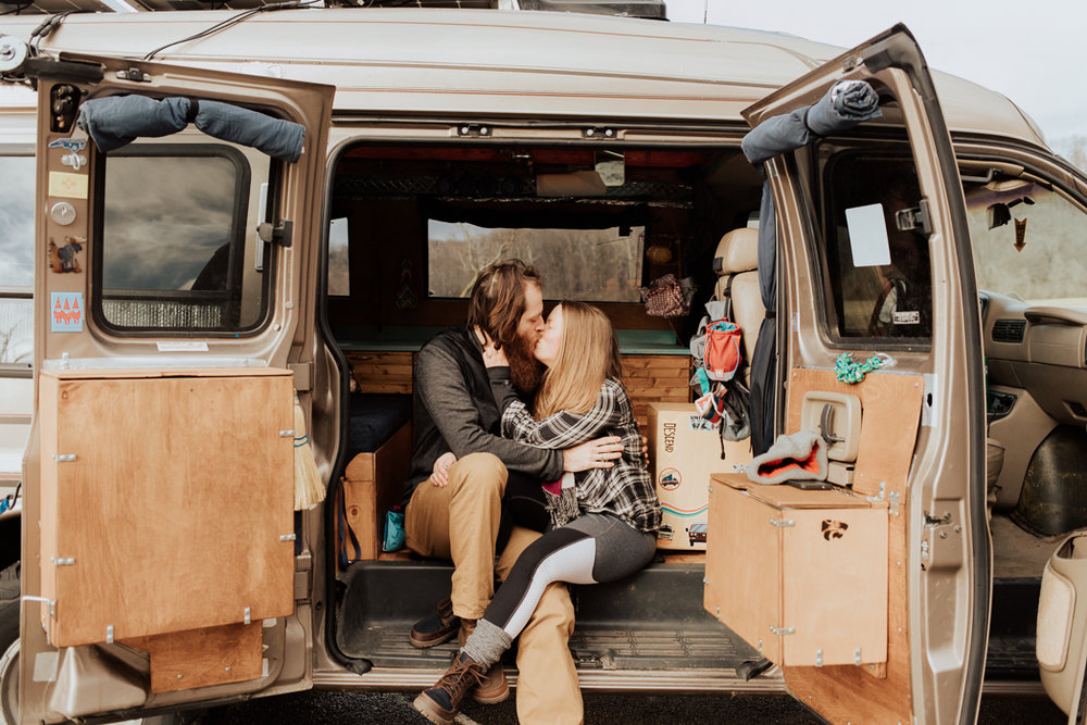 Stephenie-Masat-Photographer-Gnomad-Home-Couples-Session-43.jpg