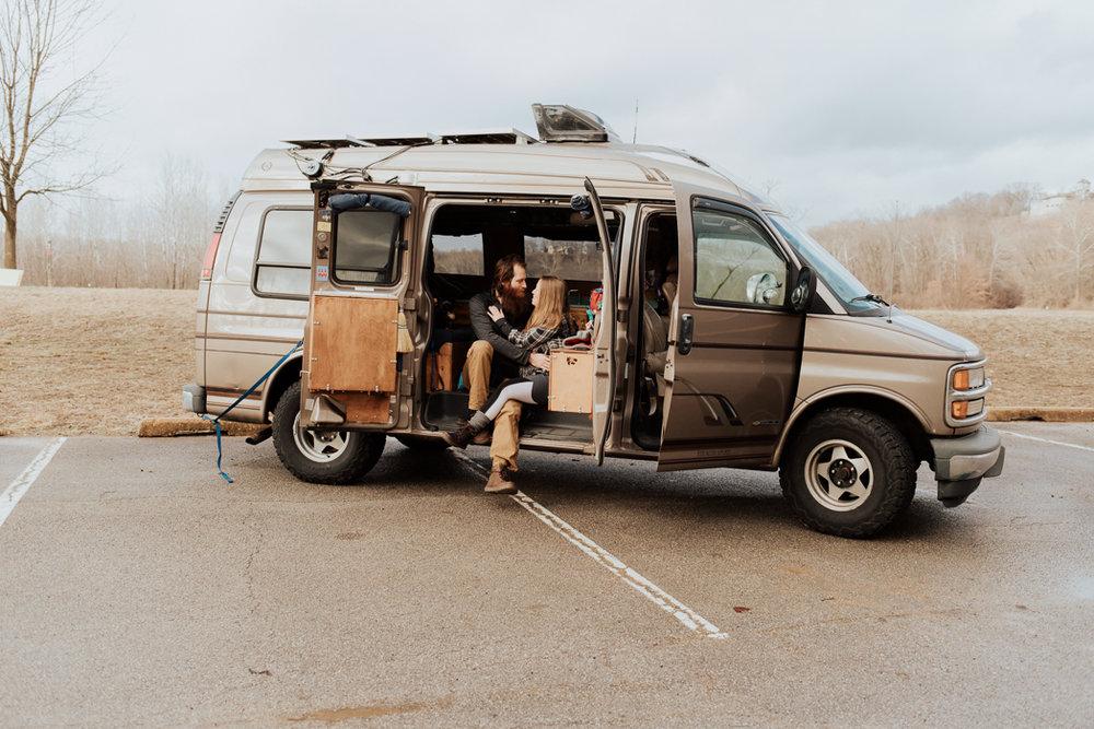 Stephenie-Masat-Photographer-Gnomad-Home-Couples-Session-48.jpg