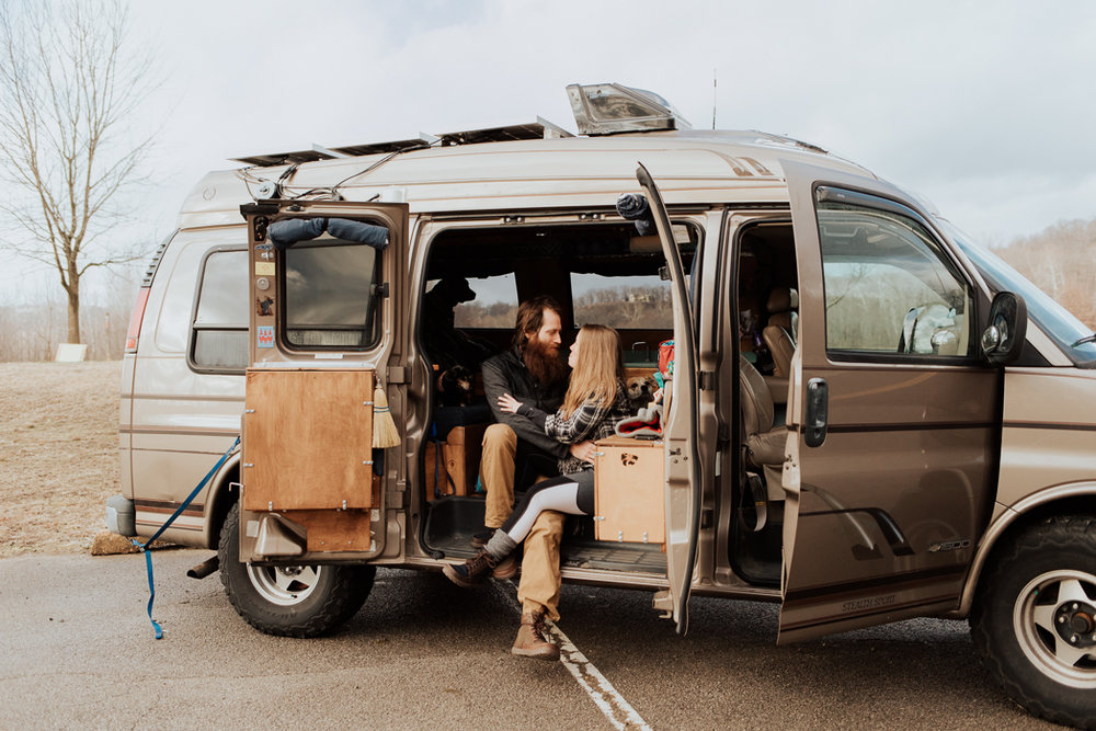 Stephenie-Masat-Photographer-Gnomad-Home-Couples-Session-49.jpg