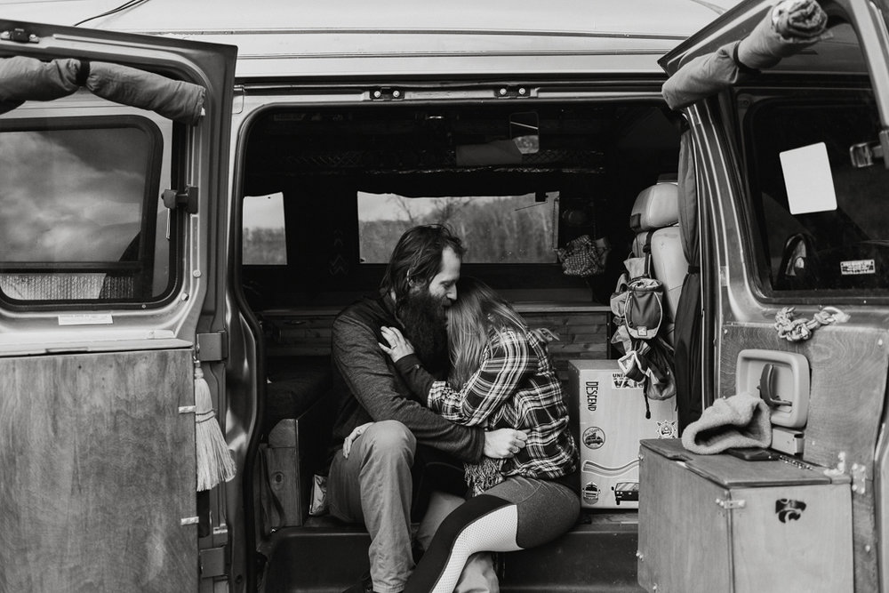 Stephenie-Masat-Photographer-Gnomad-Home-Couples-Session-50.jpg