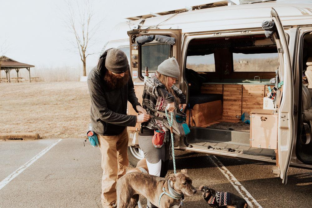 Stephenie-Masat-Photographer-Gnomad-Home-Couples-Session-55.jpg