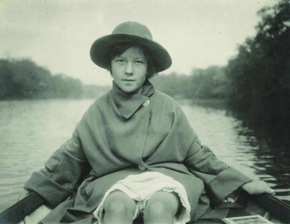 deb7.1922.jpg