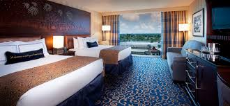Standard View - Views of Trees or Parking Area 2 Queen Beds and 1 Day Bed or 2 Queen Beds or 1 King BedSleeps up to 5 Adults