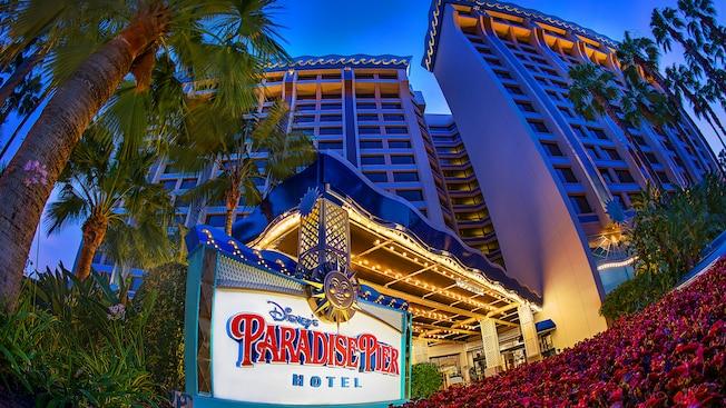 Disney's Paradise Pier Hotel -