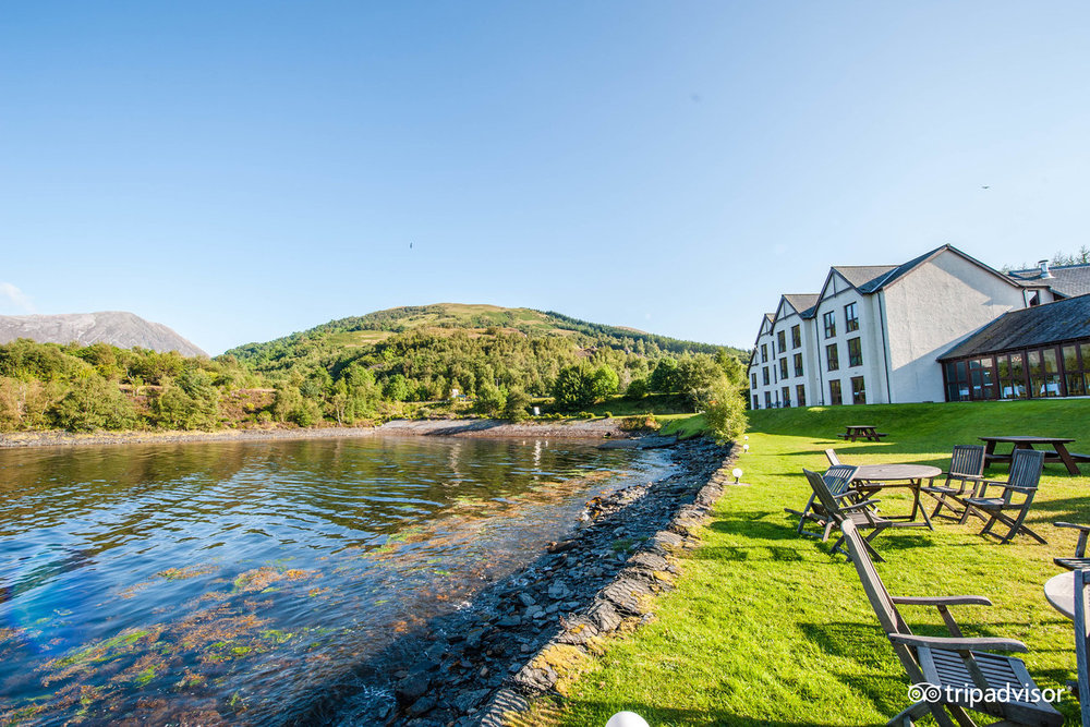 isles of glencoe hotel - Almost afloat, the Isles of Glencoe Hotel & Leisure Centre nestles on the side of a peninsula reaching into Loch Leven. Our friendly, modern hotel offers everything you might need on holiday; spacious bedrooms with loch and mountain-views, a relaxed atmosphere and great food.RATINGS: 4/5 TRIPADVISOR | 3 STAR HOTELDOUBLE with Breakfast: $243 per night + tax