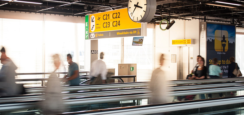 airport-busy.jpg