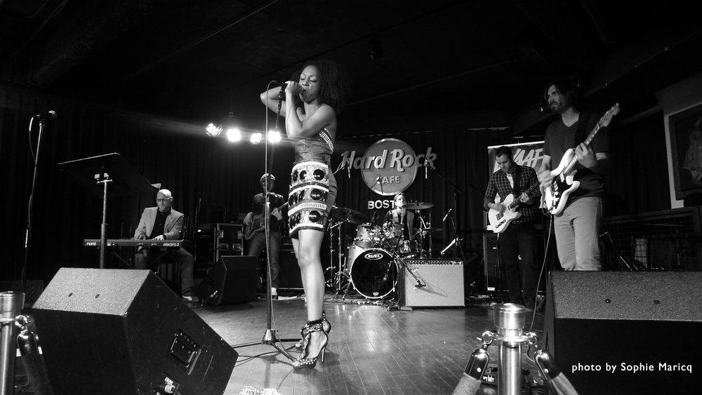 Hard Rock Cafe w/Nadia Turner