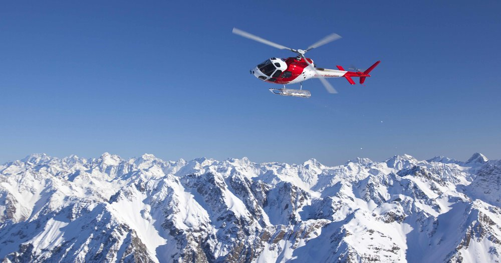 everest_heli.jpg