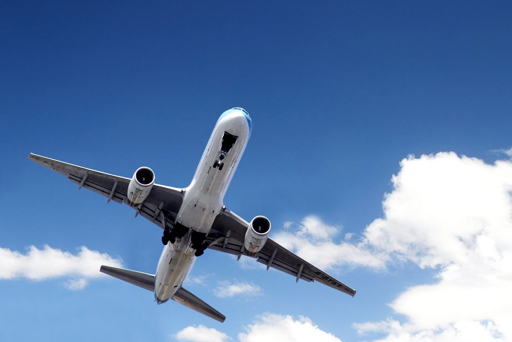 airplane-1-1421126.jpg