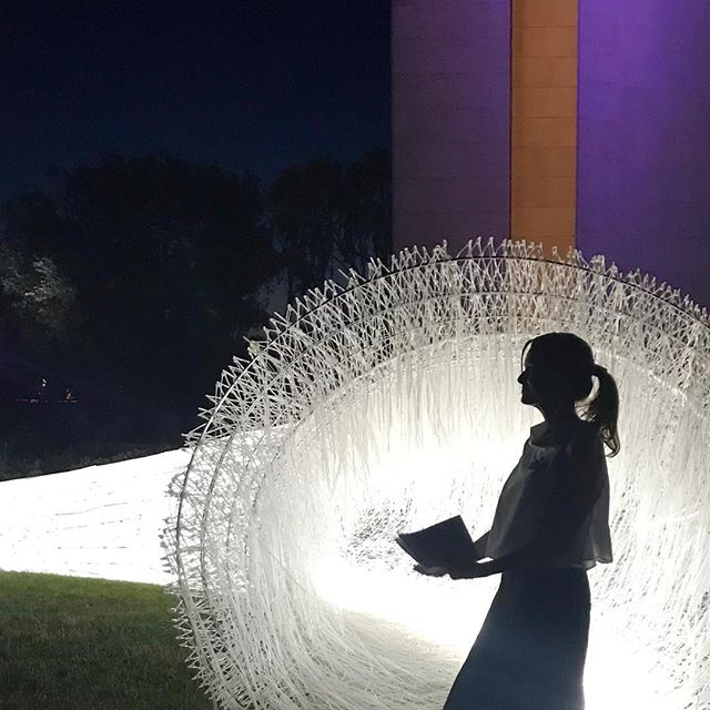 @craft.act CEO @rachael_at_home having a rather wonderful moment at Sunday night's Design Canberra launch on Aspen Island 😍 in front of that marvelous Namako installation by Kengo Kuma. I've chatted with @modernister Tim Ross @the_riotact about his views on whether we're wrecking Canberra's architectural heritage (he's here too for the festival). Seems like quite a few people might think so.....#designcanberra #kengokuma #visitcanberra #theriotact #aspenisland