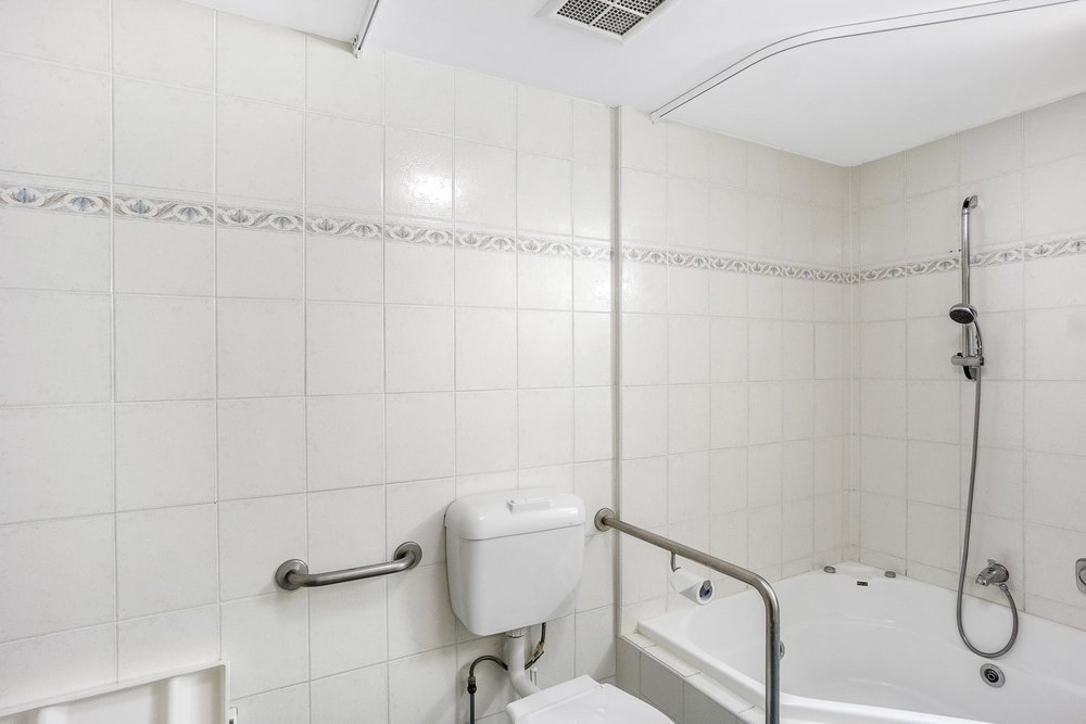 Accessible Studio Bathroom