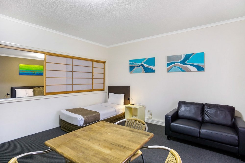 toowong-inn-suites-hotel-motel-apartments-accommodation-brisbane.43.jpg