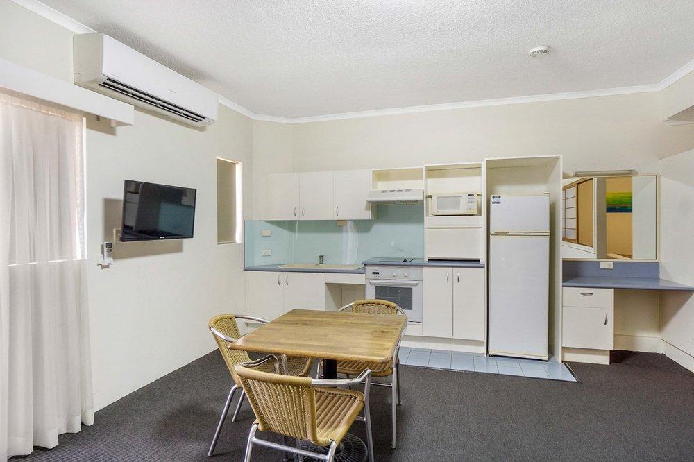 toowong-inn-suites-hotel-motel-apartments-accommodation-brisbane.44.jpg