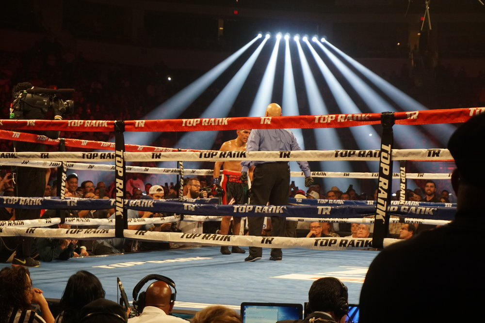 Antonio Orozco after a fourth round knock down by Jose Ramirez.