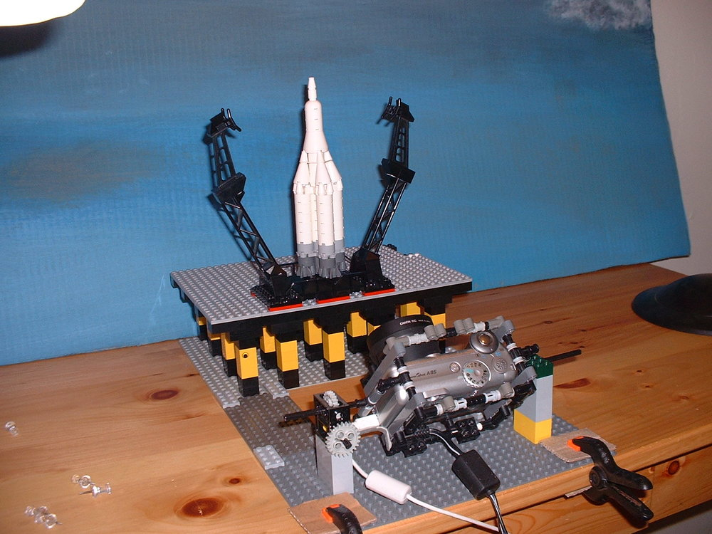 For the launch of the sputnik rocket, the camera was attached to a LEGO rig that allowed the camera to tilt back