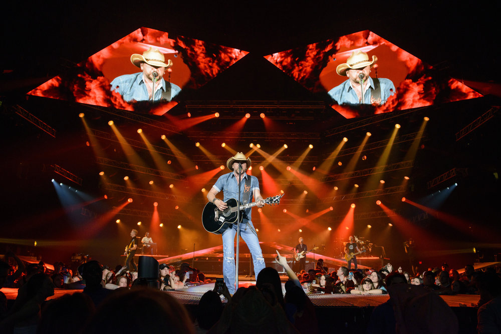 JASON ALDEAN - BURN IT DOWN TOUR