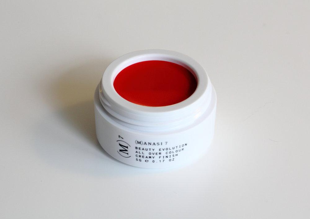 manasi-7-all-over-colour-poski-ja-huulipuna-ikuraJPG