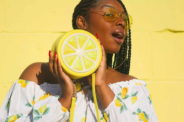Up early creating content with @brookesstylediary 🍋 have some exciting news on an event I will be hosting for bloggers and photographers in the next few weeks . Stay tuned. 📸