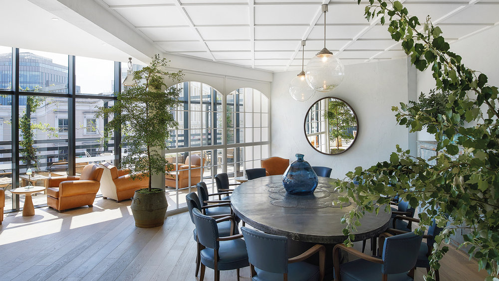 601 - Dining or meetings for up to 14 guests
