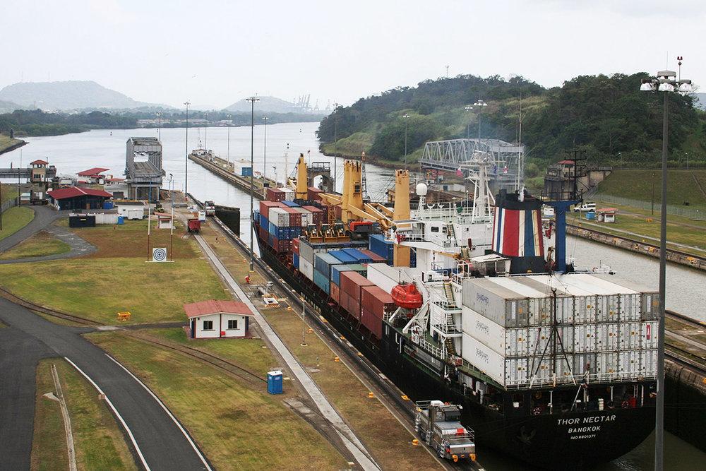 panama-canal-2400x1600.jpg
