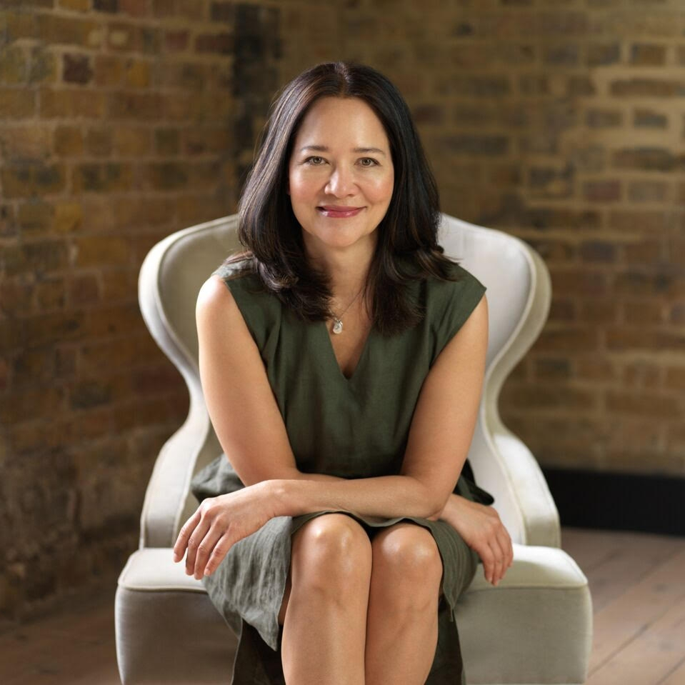 - Sarah Lo is a Yin Yoga Teacher Trainer (SYT), Insight Yoga Institute Endorsed Teacher, Good Listener, Certified Integral Development Life Coach (ICF), Mother of boys and the list goes on in no particular order.http://www.sarahlo.co.ukInstagram @sarahloyinyogaFacebook Sarah Lo Yin Yoga, Insight & Self Development