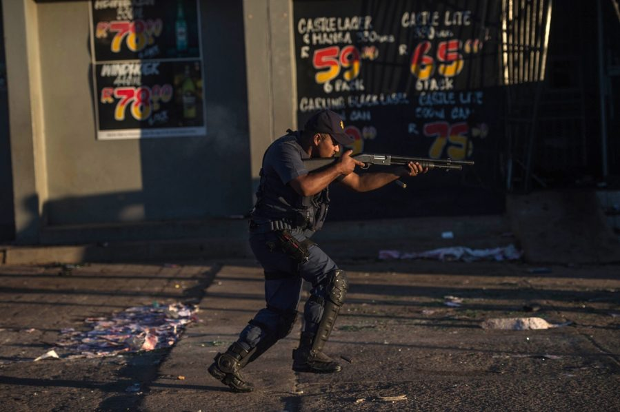 South-Africa-1-police.jpg