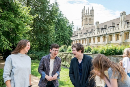 oxford_summer_school_students_outside_laughing.jpg