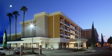 Radisson Hotel Stockton   Stockton, CA | 3 Star | 198 Rooms | Status: EXITED