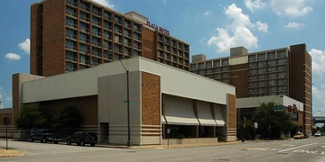 Ramada Plaza Hotel   Forth Worth, TX | 3.5 Star | 430 Rooms Status: EXITED