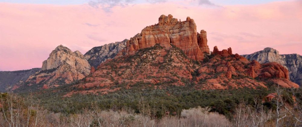 sedona-red-rocks-and-cottonwoods-orig-1.jpg.1920x810_0_0_10000.jpeg