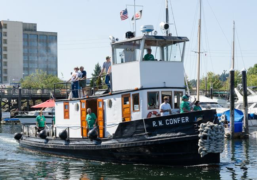 R.W. Confer Heading to the Olympia Harbor Days Vintage Tugboat Races 2016  (Family Photo furnished to OHD)