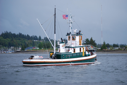 Tug Wallace Foss at Olympia Harbor Days 2009. Photo by Karla Fowler