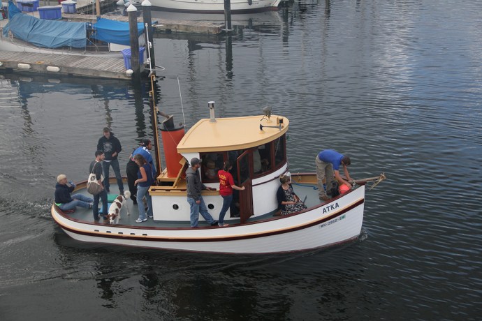 Atka heading to the OHD Tugboat Races (lg Evans Marine Images)
