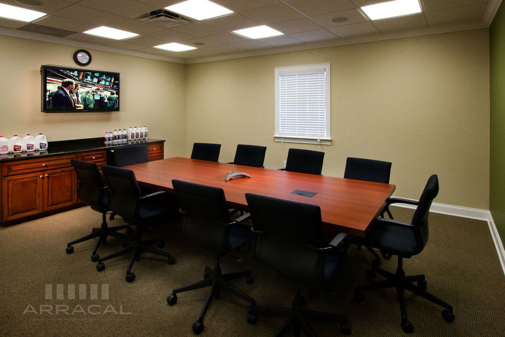 - Creating a seamless integration of Audio/Video products and control in a conference or boardroom can be simple. Our goal is to make your experience as streamlined as possible for your facility. This means an interface simple enough to use without having to train everyone who wants to use it. Properly installed and programmed control systems can not only provide simplicity, but also conserve energy and provide remote feedback and management for efficiency.