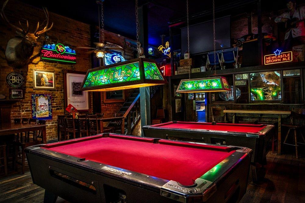 Sports Bar -