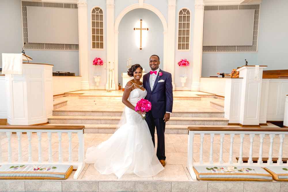 Frankie Leland Events Preppy Pink and Blue Tallahassee Wedding.jpg