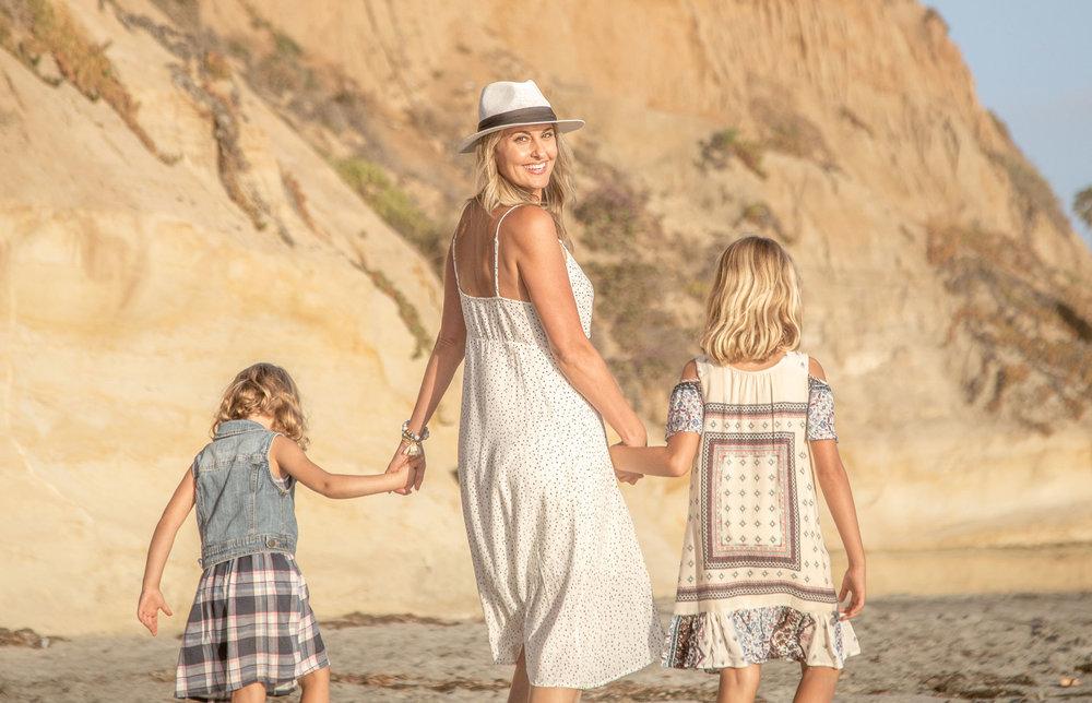 crystal_egger_sunny_space_beach_daughters.jpg
