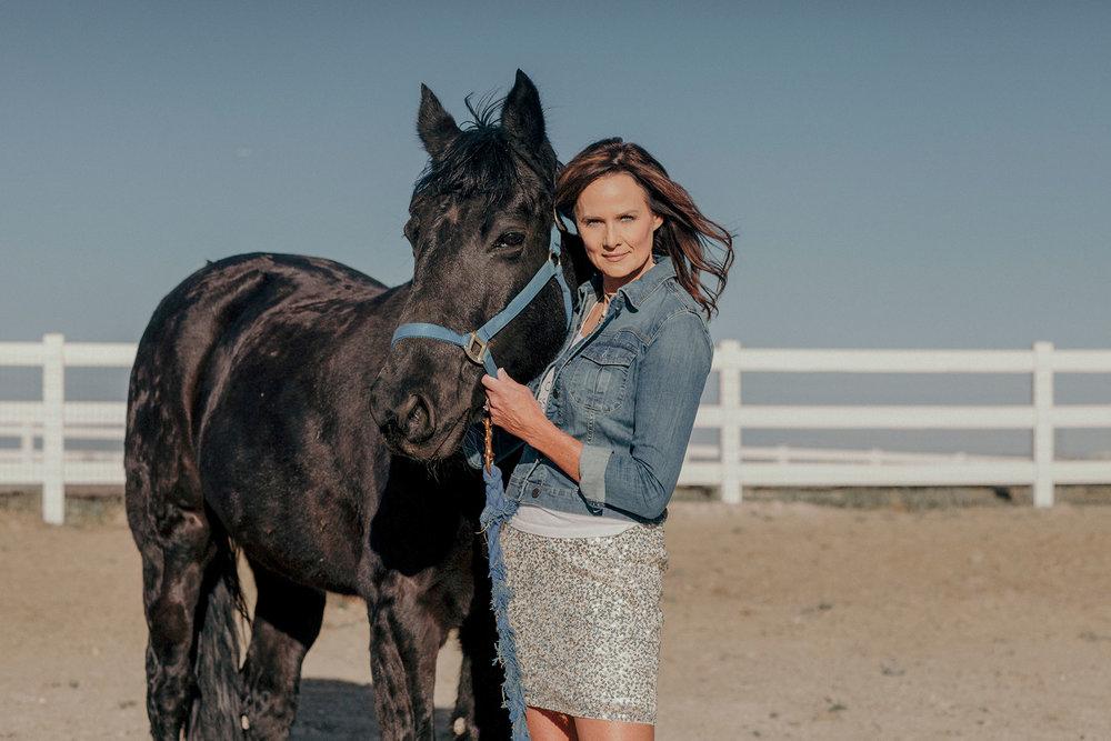 kathy-sabine-sunny-space-horse-skirt.jpg