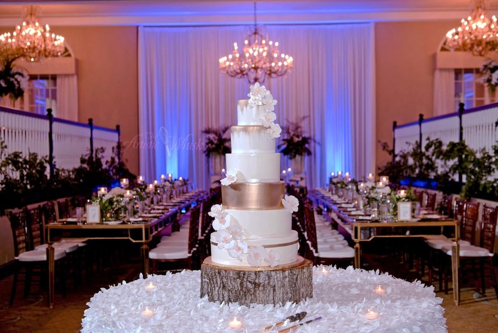 mixed-media-category---frances&markham---don-cesar---top-2-tiers,-fondant---bottom-4-tiers,-buttercream---sugar-orchids---botanica-florist---marc-edwards-photography-11-40-34-601-io.jpg
