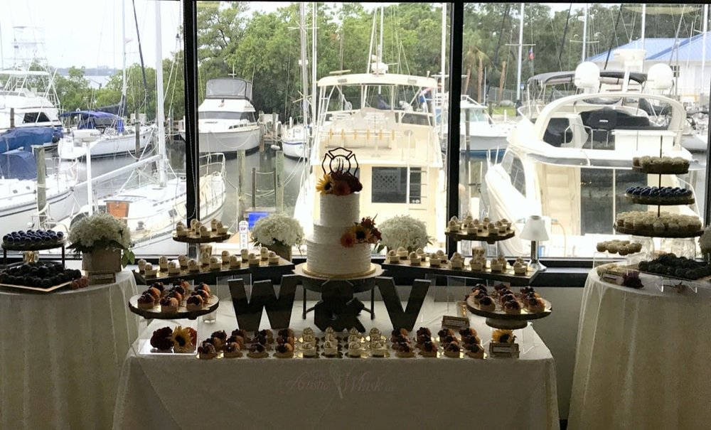 bradenton-yacht-club---dessert-table-09-01-50-726-io.jpg