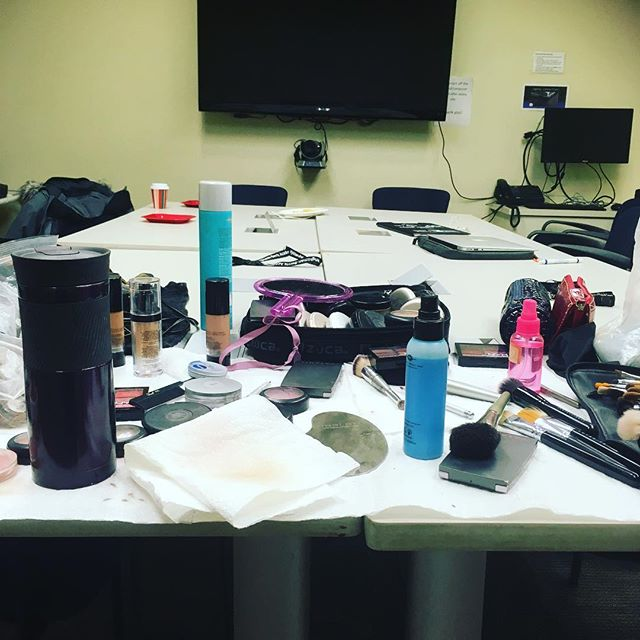 """Have makeup will travel"", Another gig at Toronto General Hospital 💄🛠 #ladytrycian #makeup #makeupartist #eyes #lips #mascara #medicalstudents #inglot #stellarbeautyofficial #cinemasecretspro #artist #videoshoot #naturalmakeup #lovemywork❤️ #sp #moxieproductions #live"