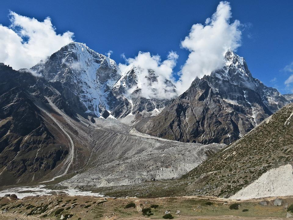 Everest Base Camp 7.jpg