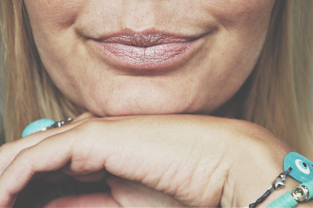 glitter_lips.jpg