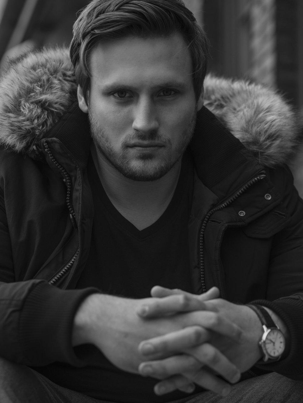 01.11.2018, Maik Behrens - Niklas ist sehr bodenständig, freundlich und sympathisch. Jahrelange Erfahrung in dem Geschäft sowie zahlreiche Kontakte und einen guten Ruf in der Branche machen ihn zu einer Top-Adresse zur Vermittlung angehender Models!