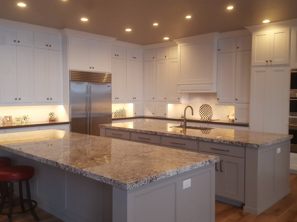 RESIDENTIAL - We know how important quality is to our customers, which is why we provide exceptional residential electrical expertise to homeowners, developers, contractors and housing organizations. For over 13 years Surge Electric has worked with homeowners and general contractors to provide quality work. Whether you are lighting your dream home, your first business or remodeling we guarantee to meet your expectations.We are fully experienced in all aspects of electrical diagnostics, installations, upgrades and repairs;from replacing light fixture to installing electrical systems for new construction.